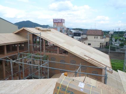屋根下地工事完了2