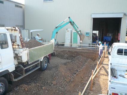 基礎工事掘り